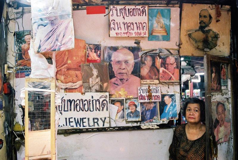 Boogie-Bangkok-Thailand-2013-04