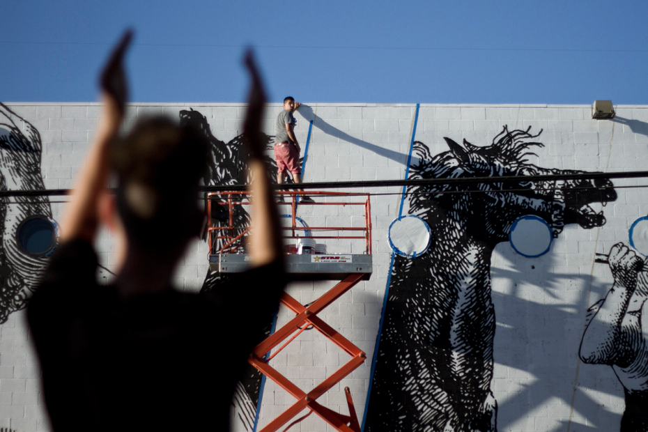 woodkid-and-cyrcle-collaborate-on-los-angeles-mural-09