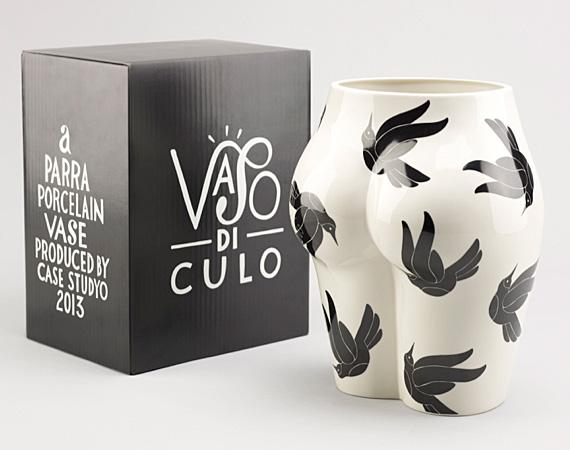parra-x-case-studyo-vaso-di-culo-porcelain-vase-02