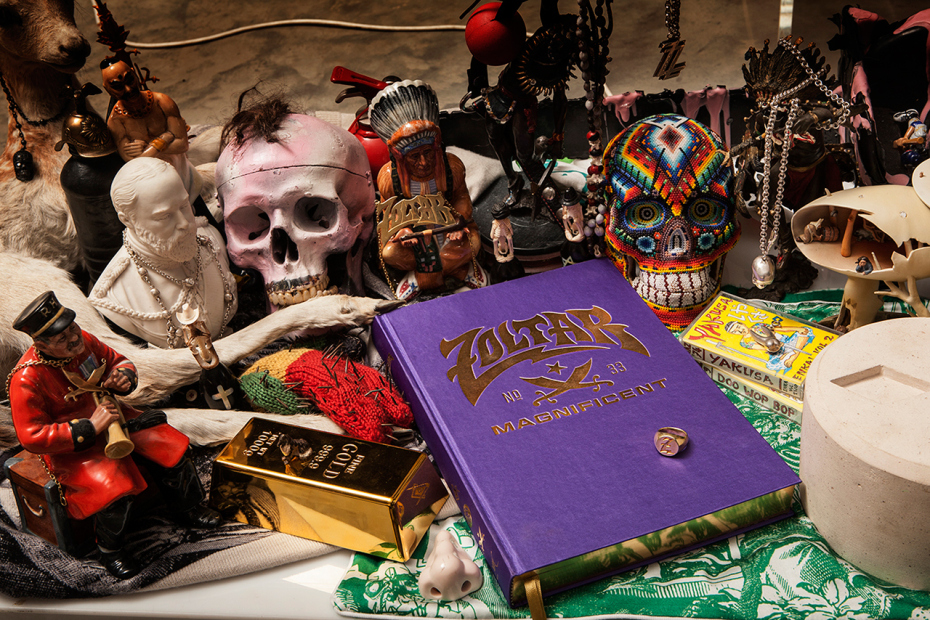 project-zoltar-presents-zoltar-the-magnificent-book-1