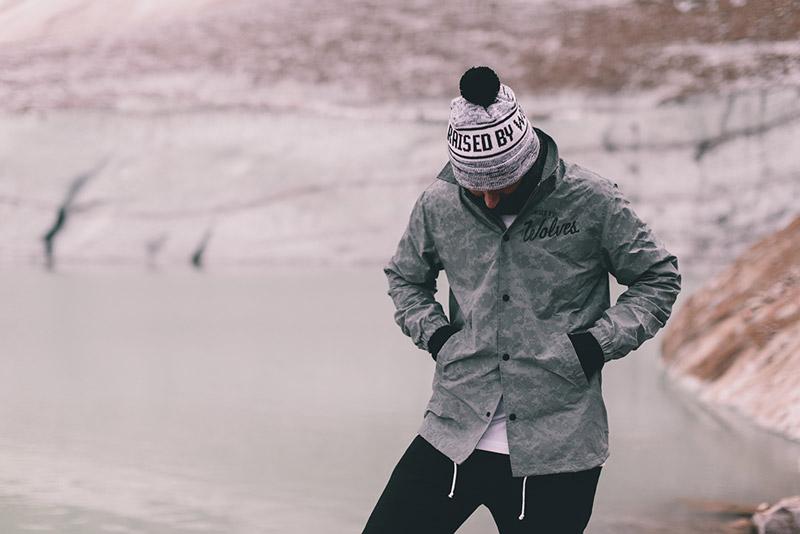 18-raised-by-wolves-panske-obleceni-zima-2014