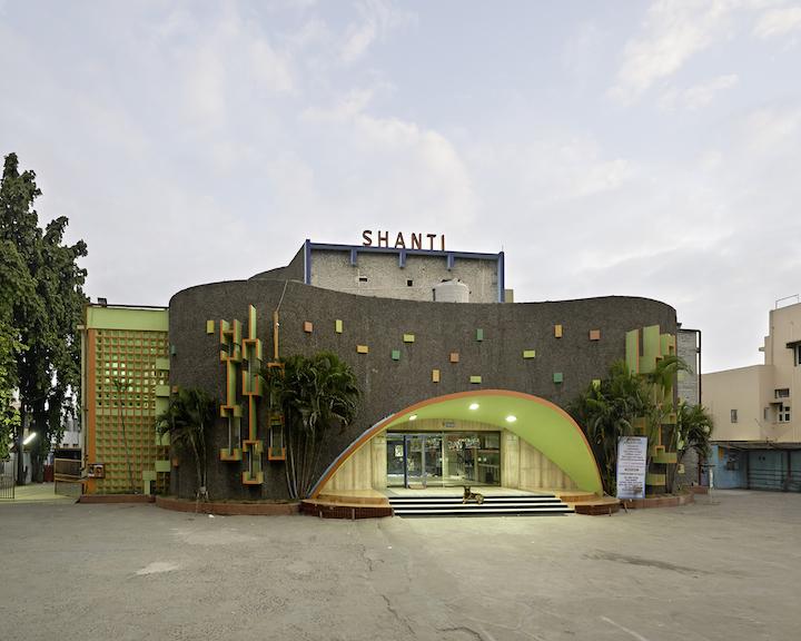 Cinemas_of_India_04