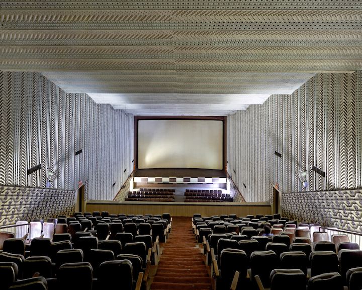 Cinemas_of_India_07