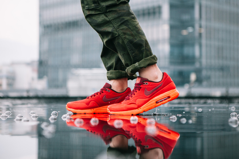 detailed look 5c578 a2931 nike-air-max-1-ultra-moire-university-red- ...