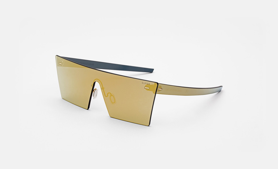 14-super-by-retrosuperfuture-slunecni-bryle-bez-obroucek-retrofuturisticke-moderni-zrcadlove-bryle-zlate-skla-zeiss