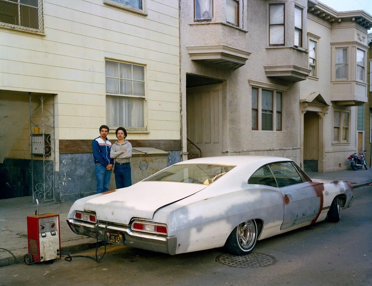 2.Charging-battery-Moss-Street-1982
