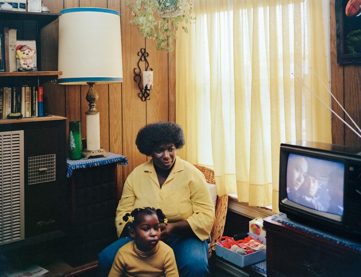 3.Bobbie-Washington-and-her-daughter-Ayana-28-Langton-Street-1982