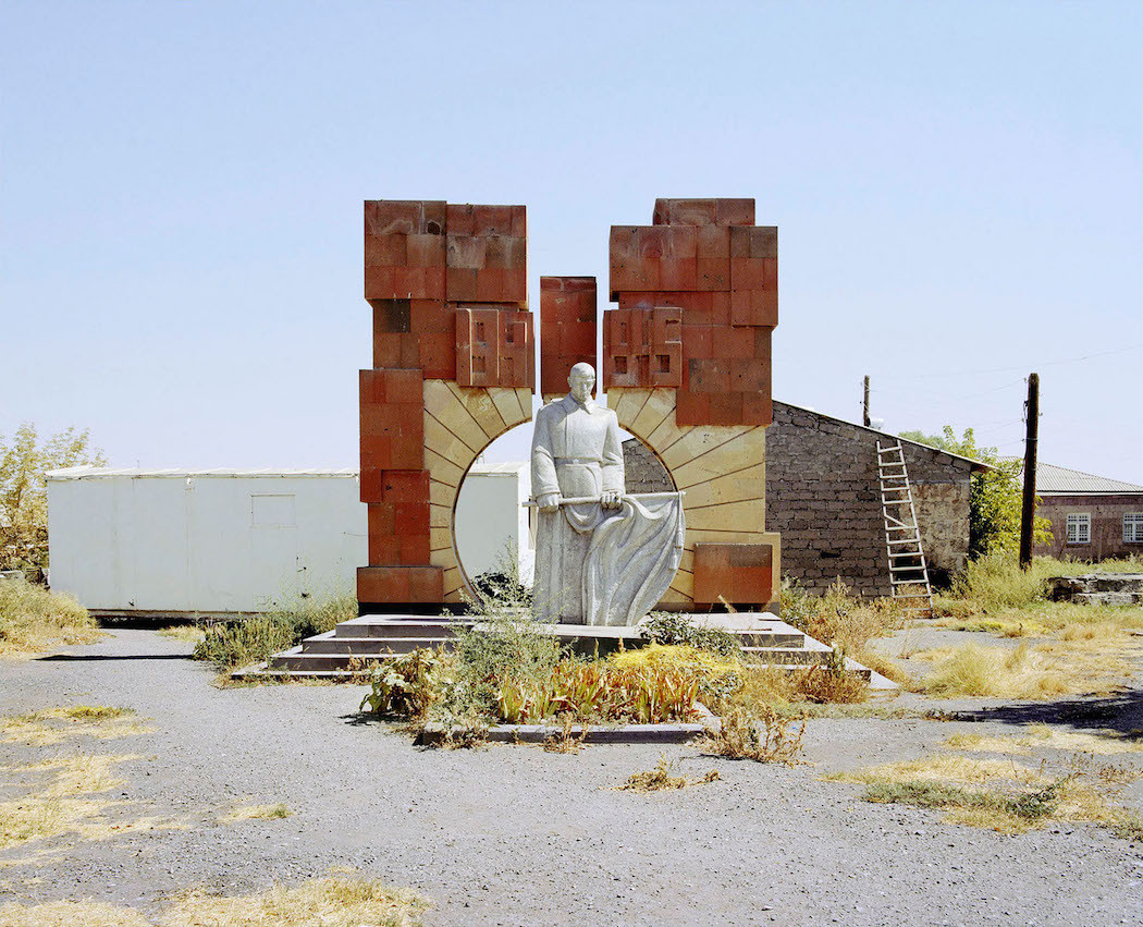 J.Lombardi_The-unfinished_14-1050x851