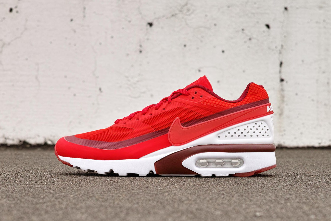 Nike Drops Bright Colorways for Its Air Max BW Ultra – Sixand5