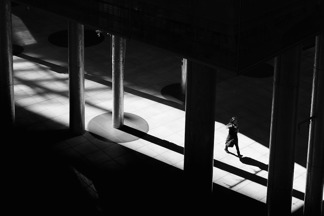 HiroharuMatsumoto_photography-colonnaded-1050x701